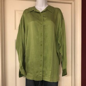 NC & CO. Green long sleeve shirt
